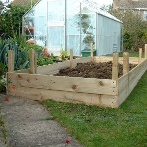 Raised-garden-bed2